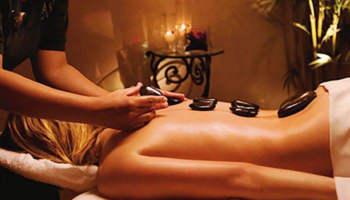 kalari-back-massage.jpg
